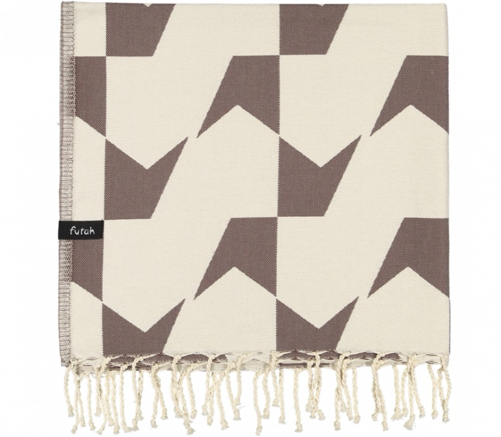 futah beach towels single Guadiana Single Towel Chestnut Folded