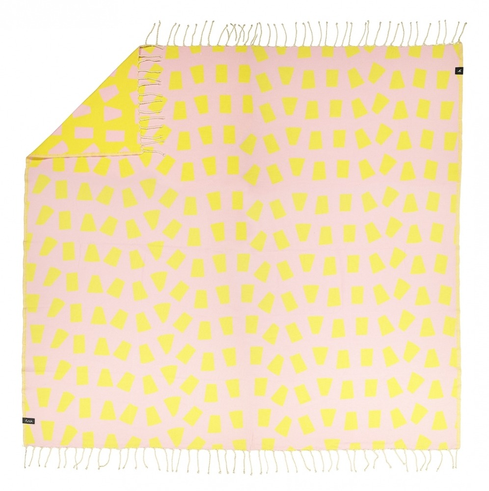 bicas_pink_xl towel_5600373065078_1